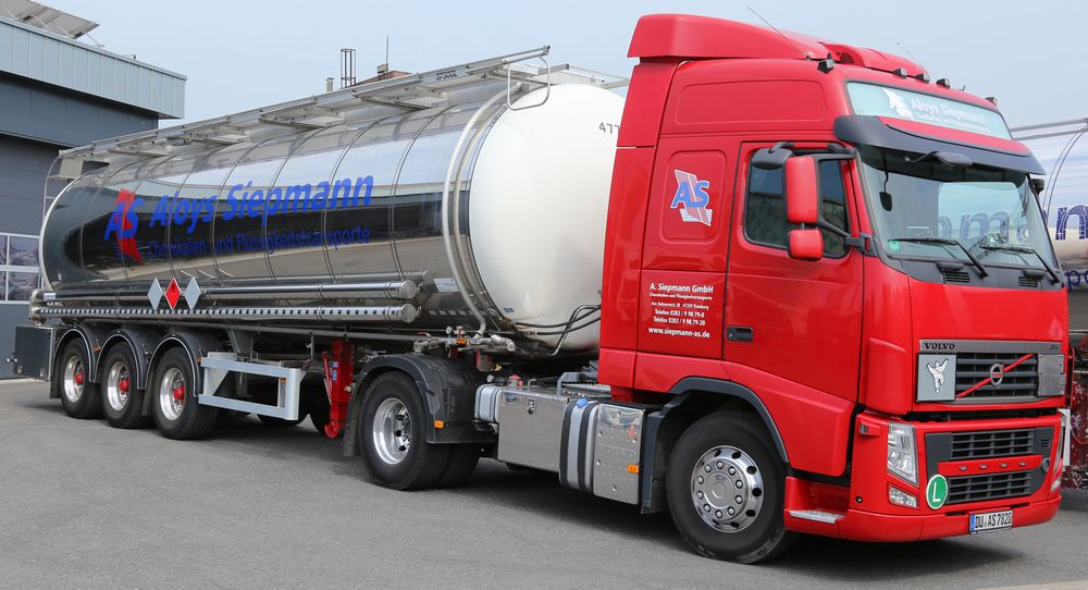 Aloys Siepmann Flotte LKW Spedition Transport Chemikalien