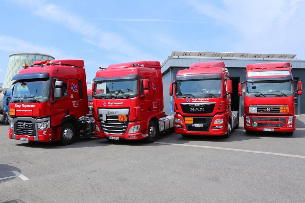 Aloys Siepmann Flotte Spedition Transport Chemikalien LKW